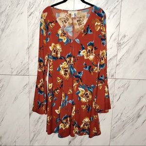 F21 70s Inspired Floral Bell Sleeve Dress SZ 0X